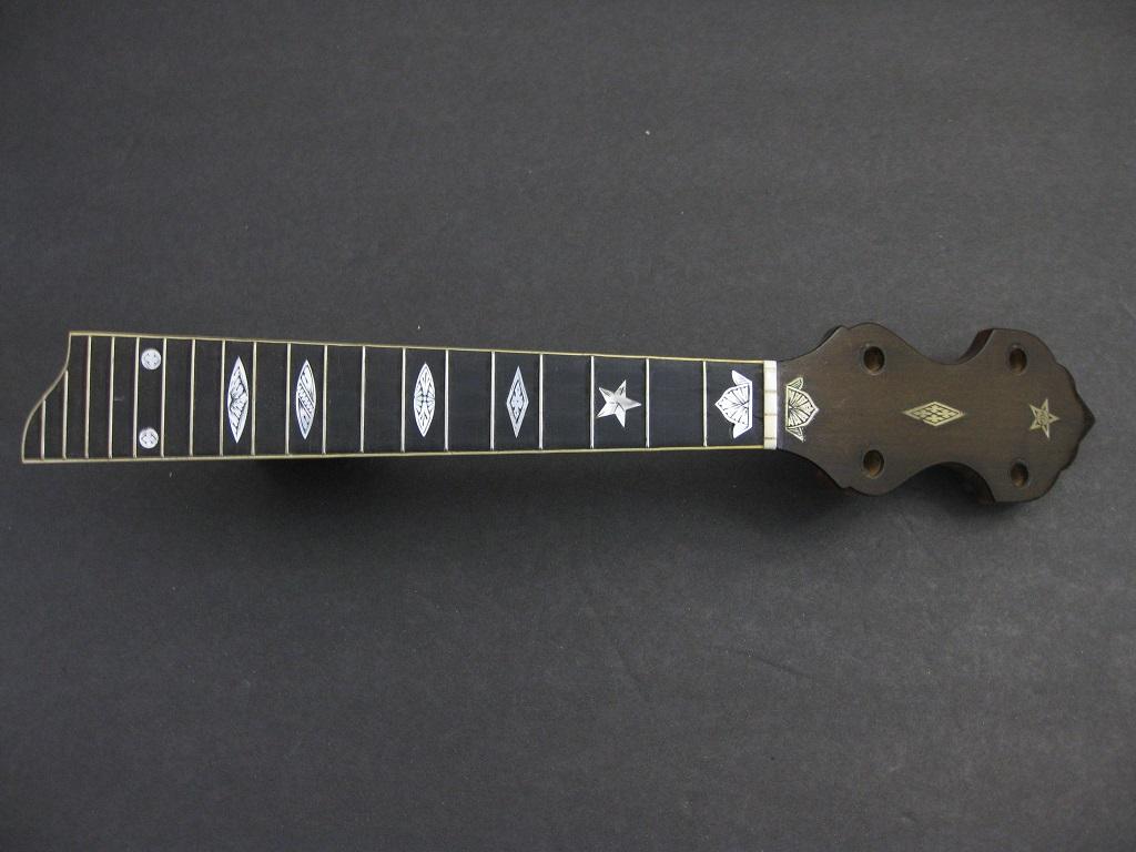 Vega Short Scale 4 string banjo neck model?